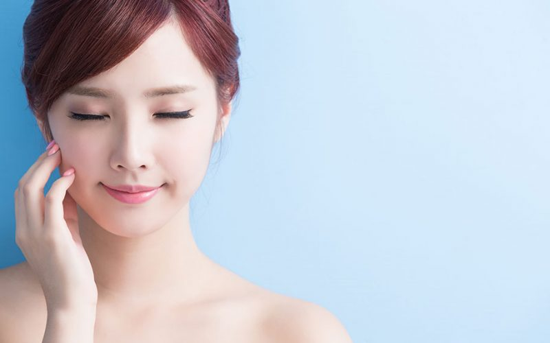A Good Eyelid Surgery Will Help You Look Young